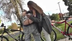 Amateur public blowjob a girlfriend doing oral sex in public place