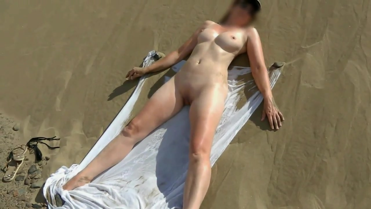Wife Fucks Stranger Outdoors